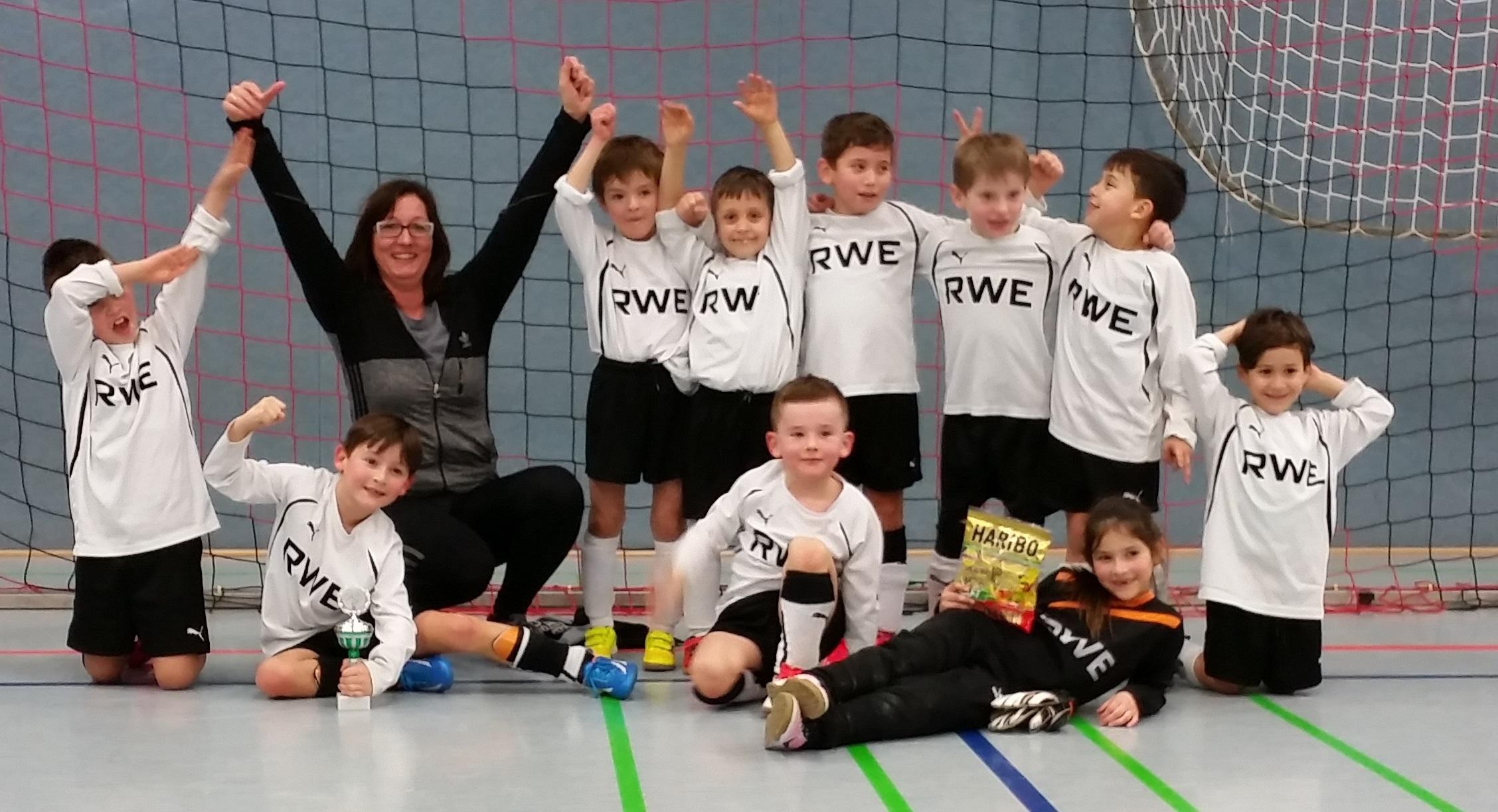 SV Werl-Aspe gewinnt das Minikicker-Turnier des RSV Barntrup
